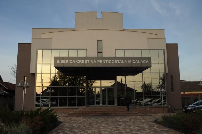 """Conferinţă de tineret pe judeţul Arad la biserica penticostală """"Micălaca"""""""