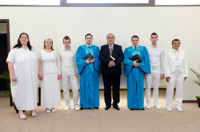 "Fotografii botez ""Ekklesia"" Arad 13 aprilie 2014"