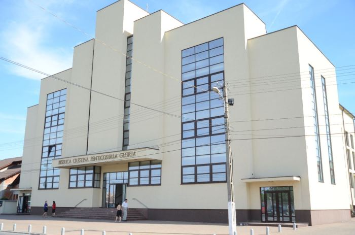 Biserica Gloria Arad